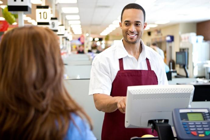 Sử dụng phần mềm bán hàng để khích lệ nhân viên bán hàng tốt hơn