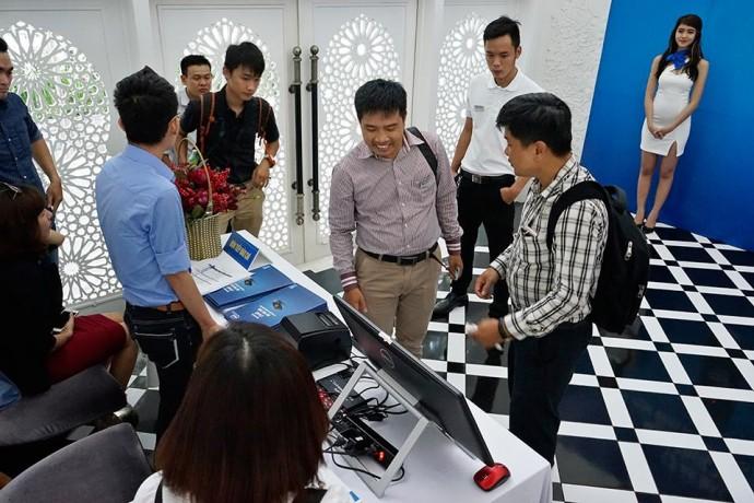 Ki-ốt Việt & Intel Compute Stick: Cặp đôi hoàn hảo