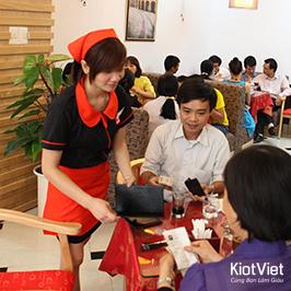 Phong cách phục vụ quyết định 90% thành công của Nhà hàng – Quán ăn
