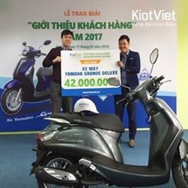 """KiotViet trao giải thưởng """"GIỚI THIỆU KHÁCH HÀNG"""" năm 2017"""