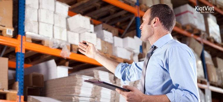 Những điều nhân viên quản lý đơn hàng shop bán lẻ cần biết