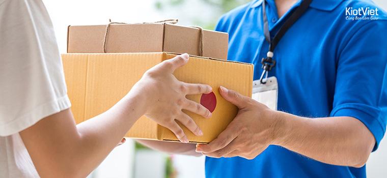 Dịch vụ giao hàng tận nơi đưa đến sự tiện lợi cho khách hàng