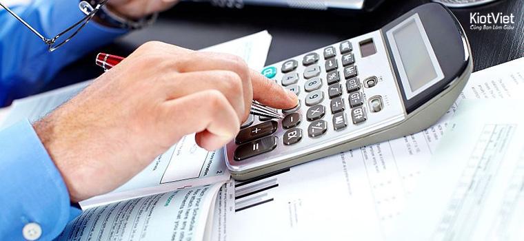 Quản lý thu chi tiền mặt tại cửa hàng