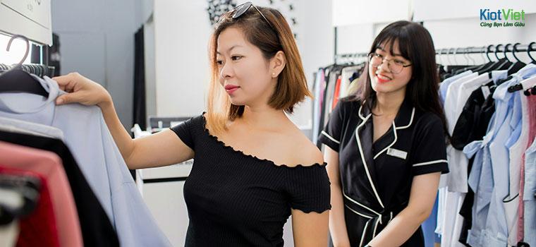 Nhân viên phải biết xử lý các tình huống bán hàng khéo léo