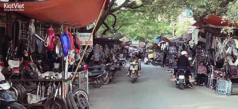 Lấy phụ tùng xe máy ở chợ đầu mối, giá rẻ nhưng chất lượng không đảm bảo