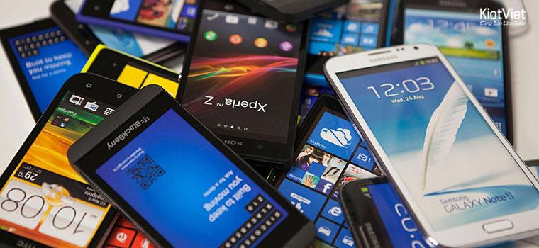 Kinh doanh điện thoại có rất nhiều khó khăn và cũng có rất nhiều thuận lợi