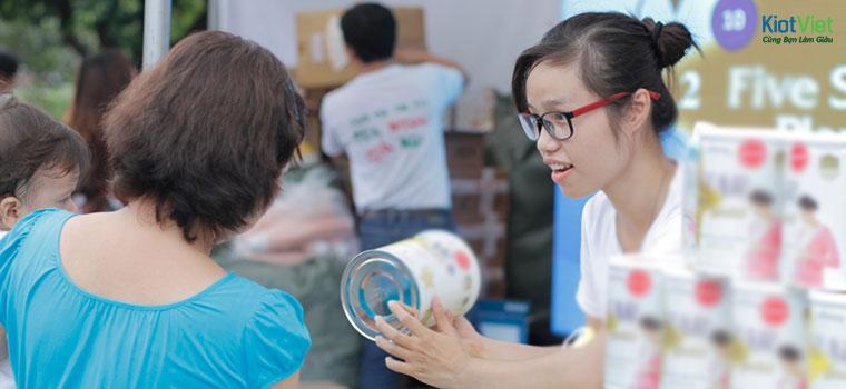 Tư vấn bán hàng sữa bột cần nhiều kiến thức về mẹ và bé