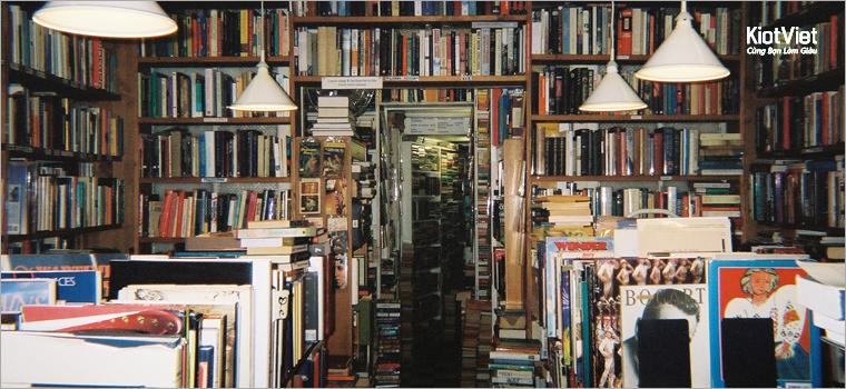 Kinh doanh cửa hàng sách