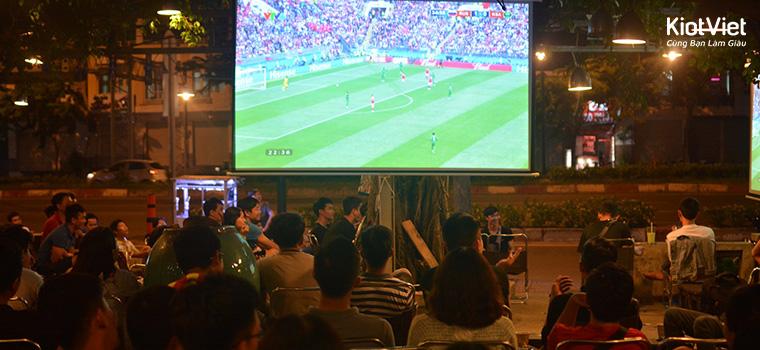 Kinh nghiệm mở quán cafe bóng đá cho người khởi nghiệp