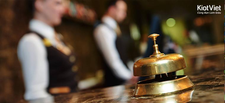 cách xử lý tình huống trong khách sạn