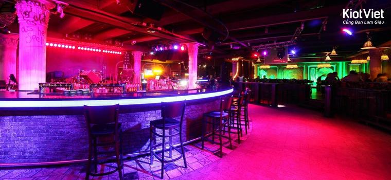 kinh doanh quán bar