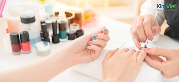 nghề làm nail