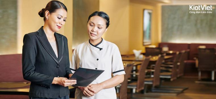 quản lý nhân viên nhà hàng