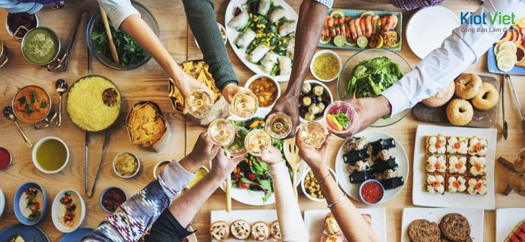 5 Cách thu hút khách hàng quán ăn hiệu quả nhất