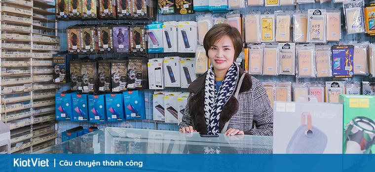 Phu-kien-dien-thoai-rong-vang